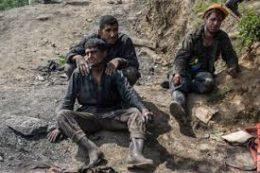 اعتراض شدید کارگران معدن یورت به حضور روحانی در محل حادثه + فیلم
