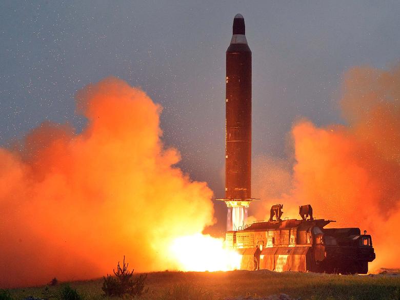 آزمایش موشکی کره شمالی