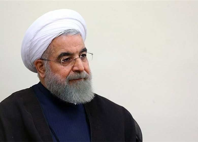 روزنامه جمهوی اسلامی:علمای دین نمی توانستند یک تماس تلفنی با روحانی بگیرند و منظورش را سوال کنند؟