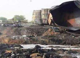 واژگونی مرگبار تانکر سوخت در پاکستان