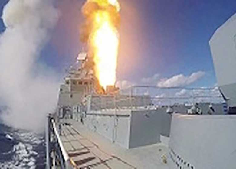روسیه هم مواضع داعش را موشک باران کرد