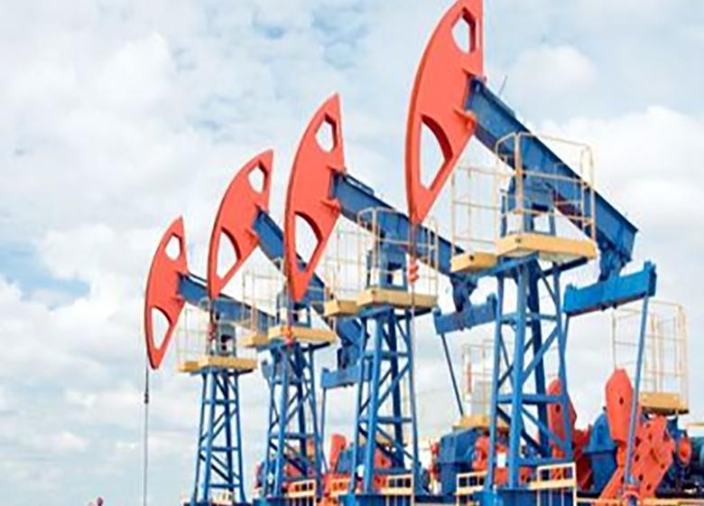 سقوط قیمت نفت ادامه خواهد داشت؟