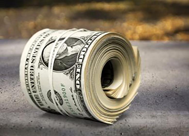 نرخ بانکی دلار و پوند کم شد