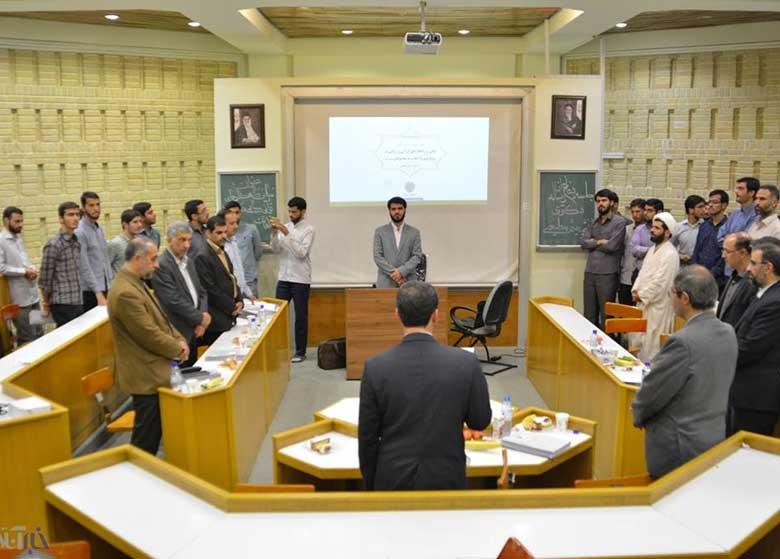مداح جنجالی عید فطر و استادی او در دانشگاه/ موضوع رسالهدکترا: راهکارهای رویارویی با اهانت به معصومان