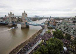 سوگواری مسلمانان لندن برای قربانیان حادثه تروریستی