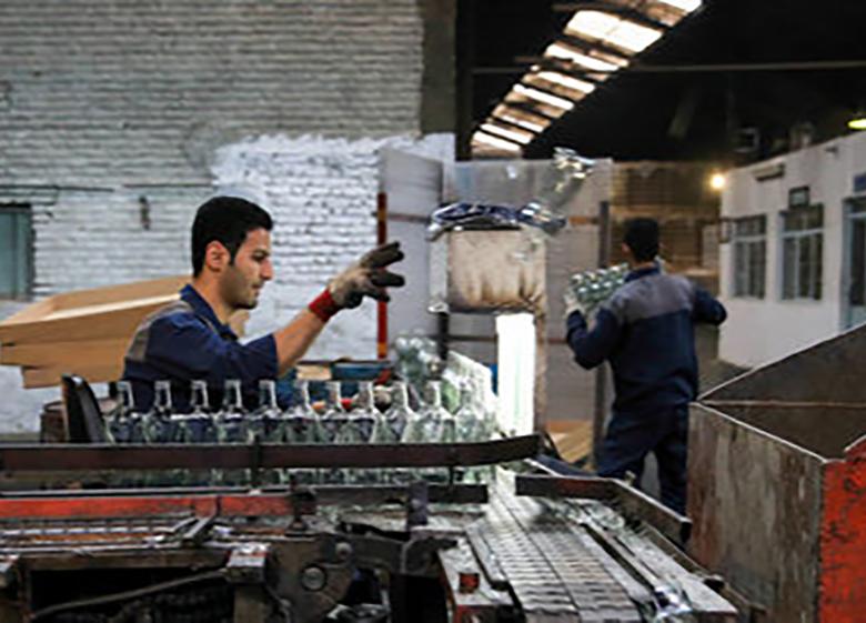 بررسی مهمترین دلایل پایین بودن سرانه کار مفید