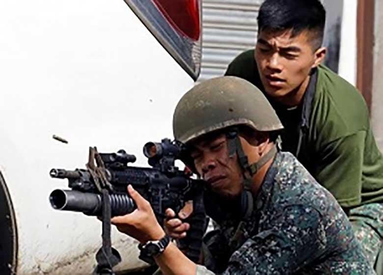 فیلیپین سربازان خود را هدف قرار داد!