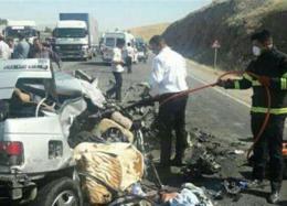 تصادف شدید پژو با تریلر ۵ کشته داد + عکس