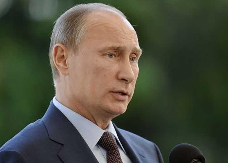 سفر پوتین به شبه جزیره کریمه و اعتراض کییف