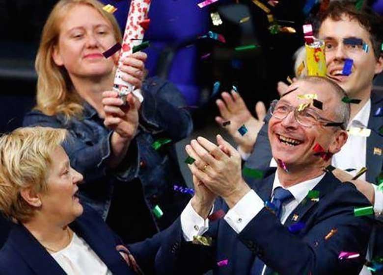 همجنسگرایی در آلمان آزاد شد!