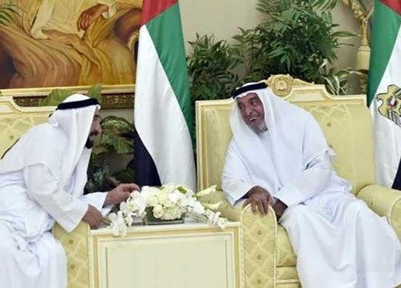 حاکم امارات پس از ۳سال در انظارعمومی ظاهر شد