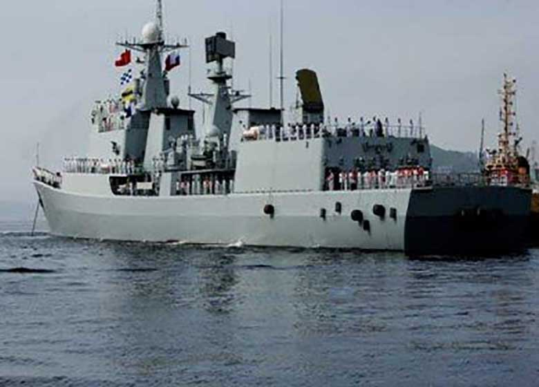 سیانان: کشتیها و جنگندههای آمریکایی برای حمله به سوریه آمادهاند