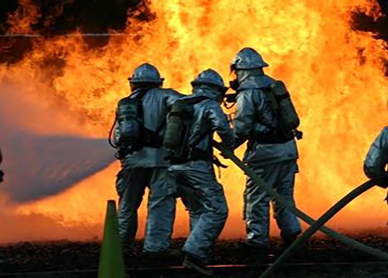 زیانآور بودن مشاغل آتشنشانی با تصویب کمیتههای استانی است