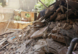 اولین فیلم از حادثه ریزش ساختمان چهار طبقه در گیشا
