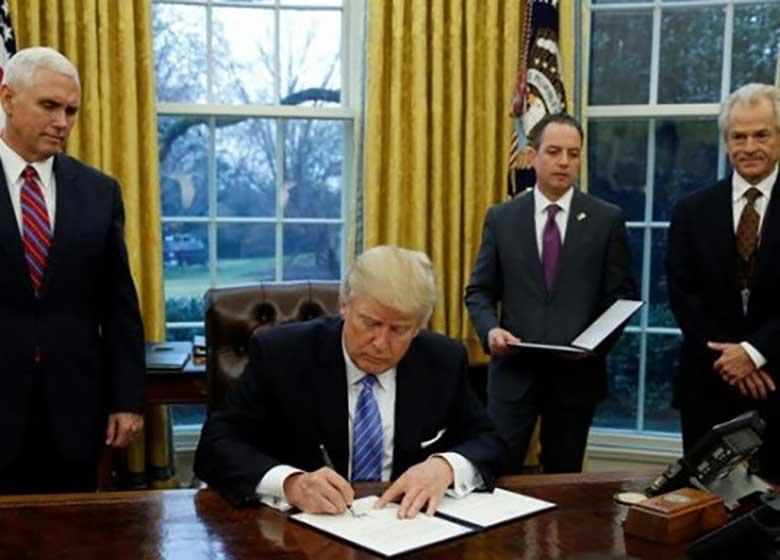 نیویورک تایمز: جدال ۵۵ دقیقهای ترامپ با تیم امنیت ملی آمریکا برای تائید برجام