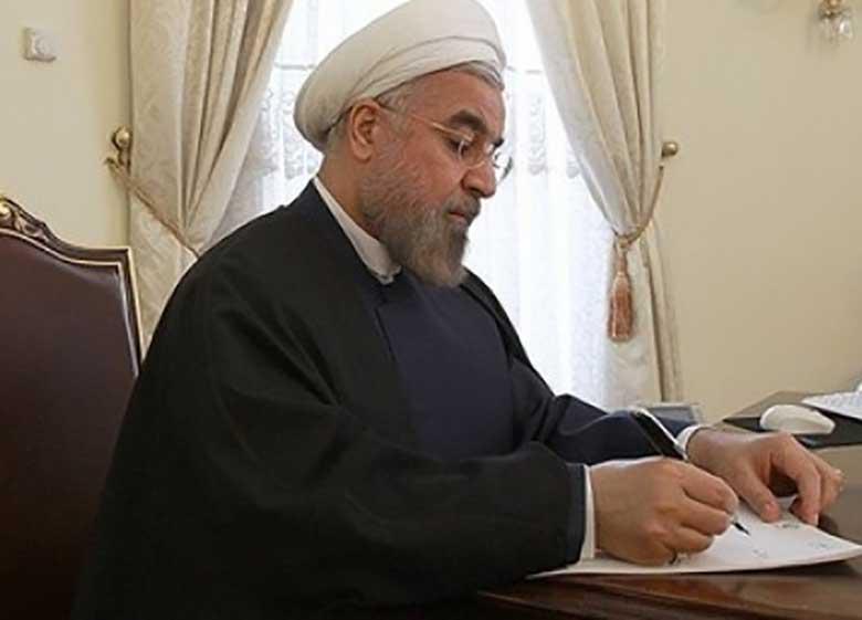روحانی در پیامی به حضرت آیتالله سیستانی: پیروزی مردم عراق، یکبار دیگر جایگاه مرجعیت و فتوا را برای جهانیان روشن ساخت