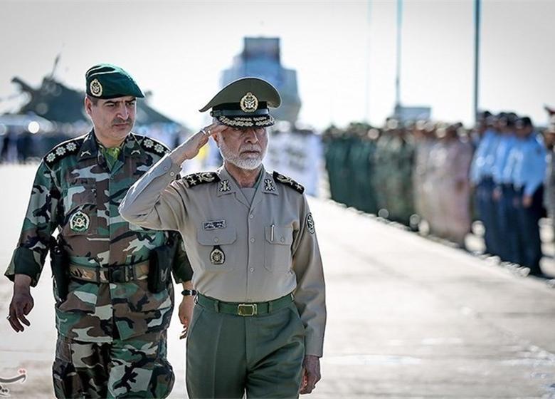سرلشکر صالحی از سایت رادار شهید عباسپور بازدید کرد