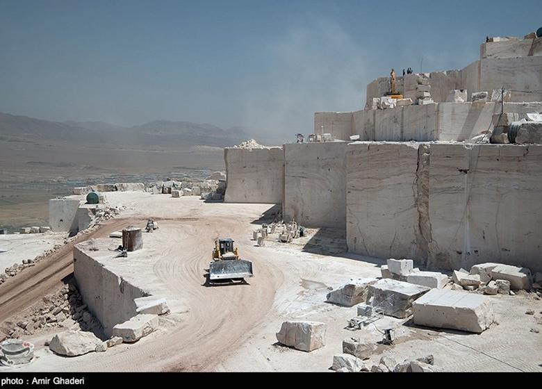 تعطیلی ۷۰۰ معدن سنگ در یک سال اخیر