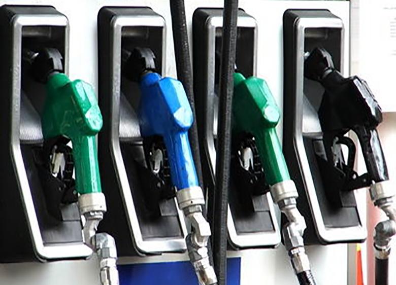 آینده بنزین؛ گرانی یا سهمیهبندی