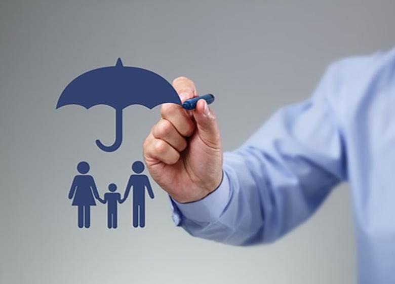 تحمیل هزینه های گزاف به صنعت بیمه با ایجاد تصادف های ساختگی