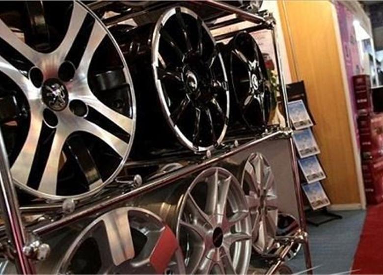 تشکیل کمیته ارزیابی داخلیسازی قراردادهای جدید خودرویی