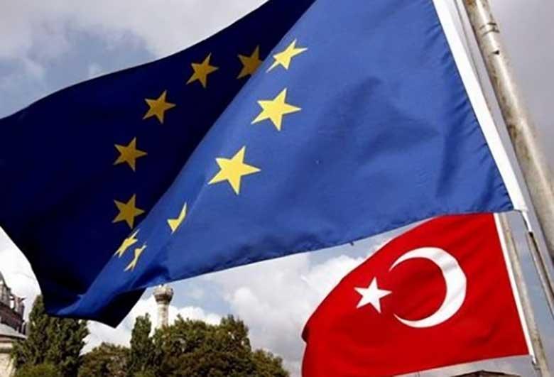 پارلمان اروپا به تعلیق مذاکرات عضویت ترکیه رای داد