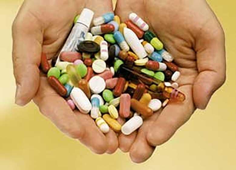 ماجرای داروهایی که منجر به کوری شد/تامین دارو از شرکتهای فوریتی، ممنوع