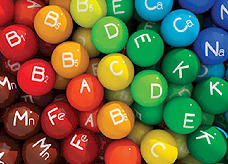عوارض وحشتناک مصرف بیش از حد ویتامین ها