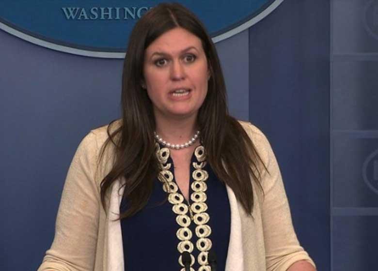سارا سندرز در پی استعفای شان اسپایسر، سخنگوی کاخ سفید شد