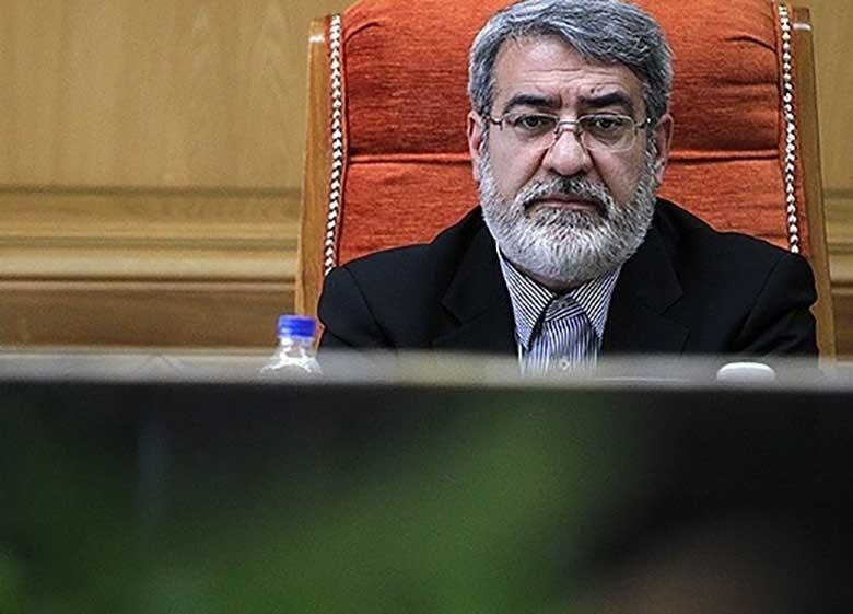 روحانی را نشناخته اند؛ او اصلا اهل باجدهی نیست، لاریجانی هم اهل باج گرفتن نیست / رئیس مجلس اصرار دارد زنگنه وزیر نفت بماند