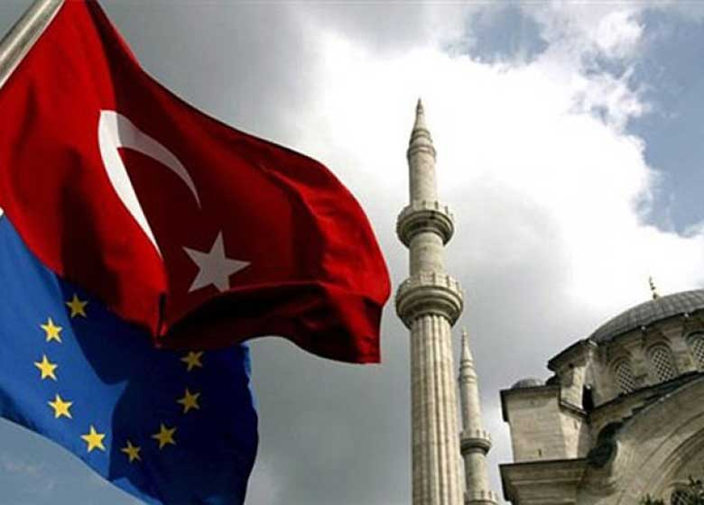 ترکیه:هیچ پیشنهادی پذیرفته نیست/ فقط عضویت کامل در اروپا