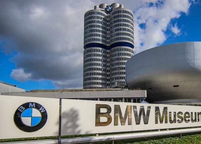 گشت و گذار در موزه BMW + عکس