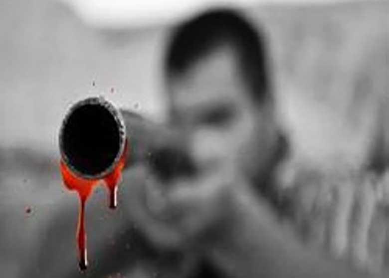 پسری که با شلیک اشتباه مادرش را به کشتن داد
