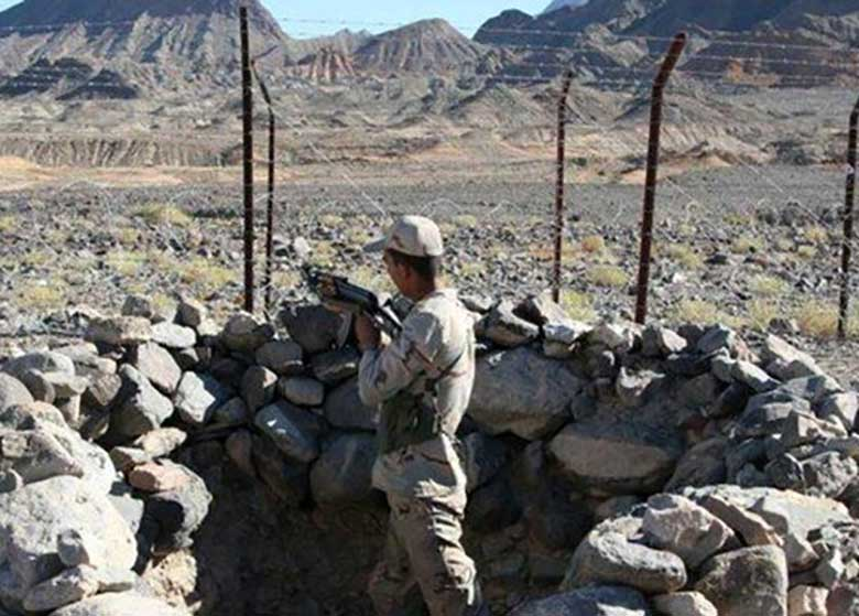 تیراندازی تروریست ها به مرز سراوان از خاک پاکستان