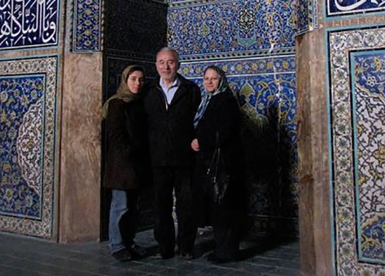 رییس انجمن ریاضی ایران: با خانواده مریم میرزاخانی در تماس هستیم و احتمالا پیکر وی به ایران منتقل شود