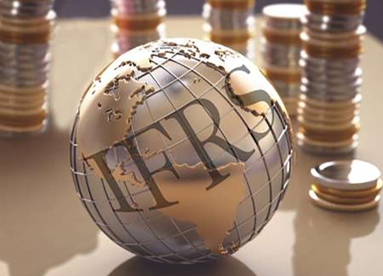 حساسیت بانک مرکزی در تهیه صورت های مالی، در بلند مدت به نفع بانکهاست