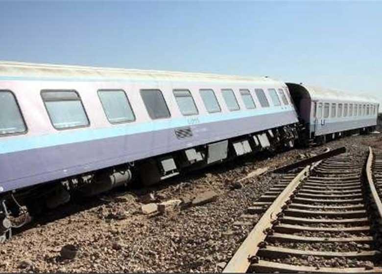 قطار اهواز ـ قم از ریل خارج شد