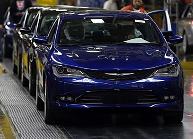 7 5 کارشناسان صعنت خودرو, خودروهای آمریکایی, فروش تویوتا