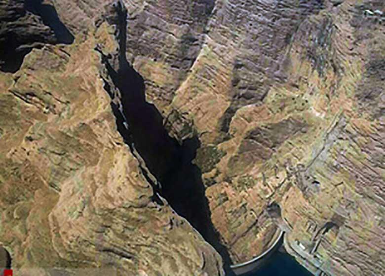ادامه جست و جوها برای یافتن سه مفقود حادثه چال دره