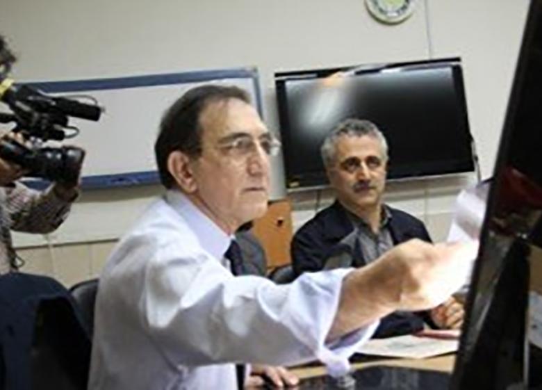 انجام ۱۱ عمل جراحی برای جانبازان توسط پروفسور مهدیان