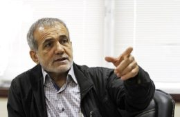 نایب رئیس مجلس: ادامهی حصر به صلاح کشور نیست/ عده ای با نام کروبی و موسوی برای خود اعتبار کسب می کنند