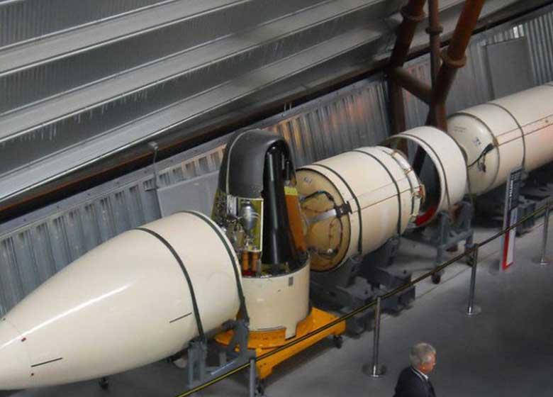 کرۀ شمالی برای موشک خود، کلاهک اتمی ساخت