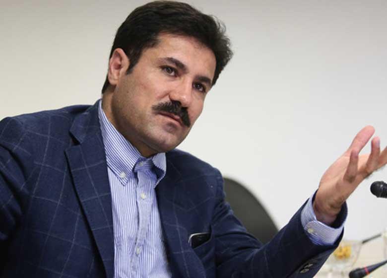حسینزاده: جمعبندی فراکسیون امید در مورد وزرا به میثاق فراکسیون تبدیل میشود