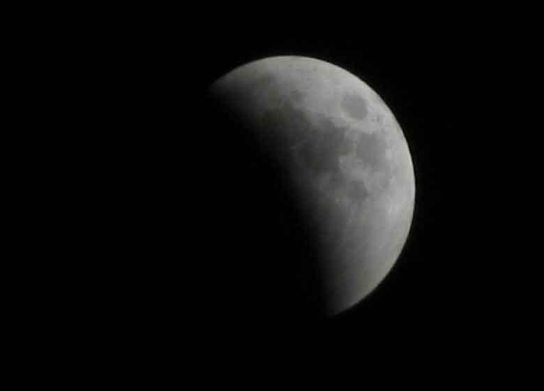 ماه گرفتگی امشب را از دست ندهید!