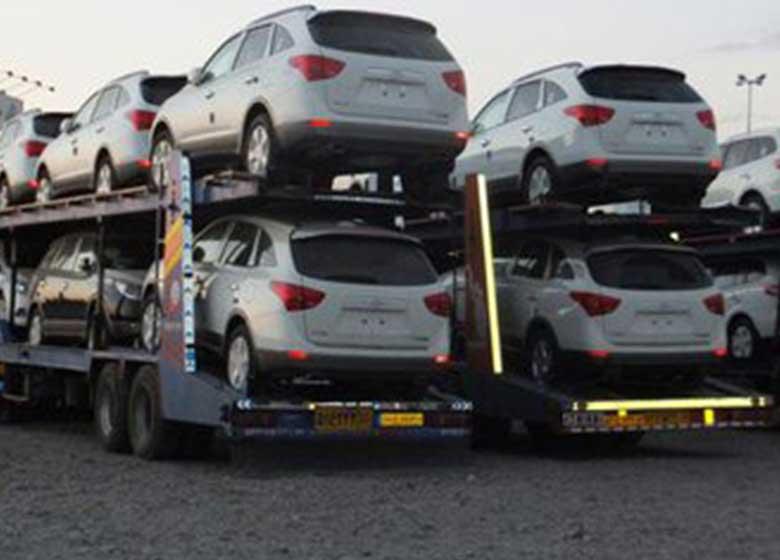 فشار واردکنندگان خودرو به وزارت صنعت/ وزارتخانه مقاومت کند
