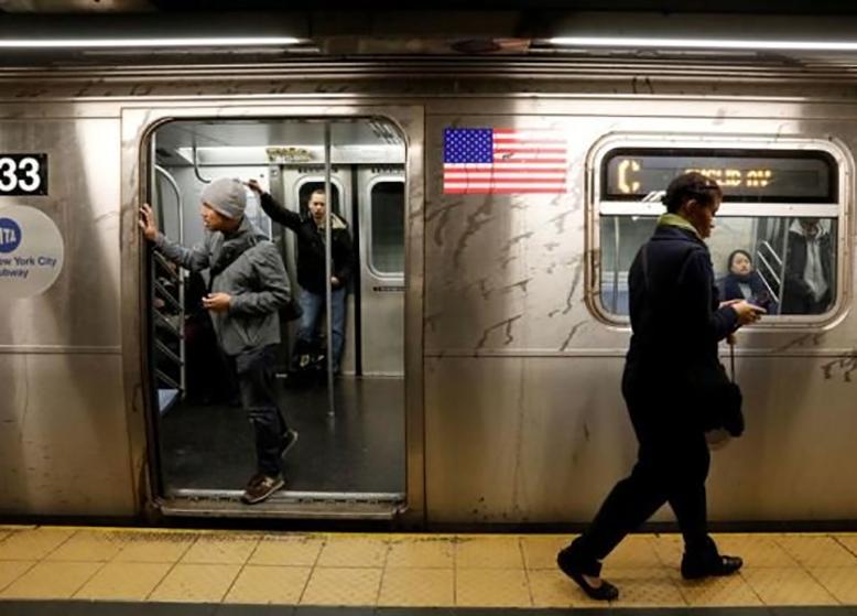 شهردار نیویورک برای تامین هزینه مترو درخواست افزایش مالیات داد
