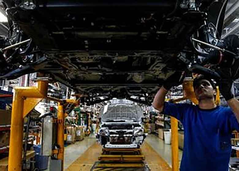 بازار ایران حیاط خلوت خودروسازان خارجی؟