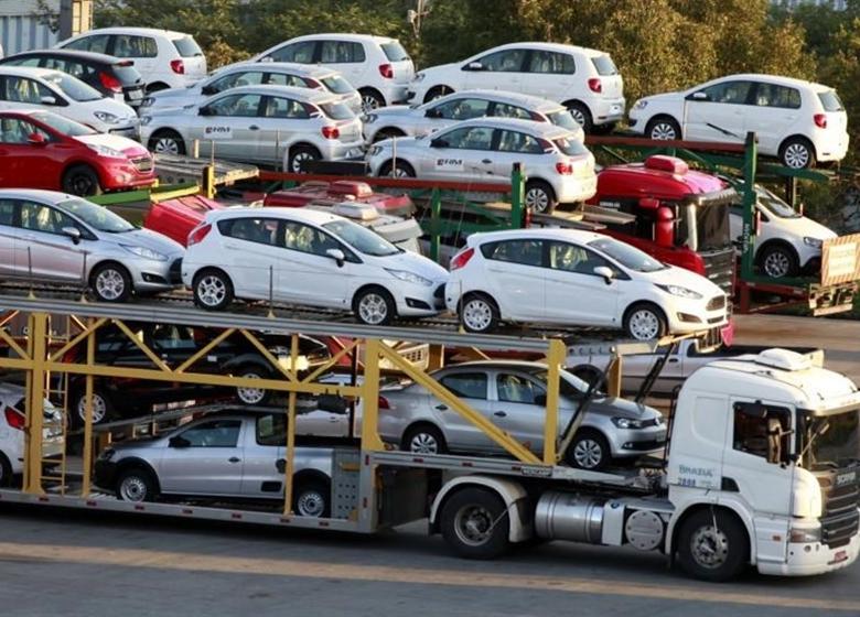 پشت پرده واردات خودرو توسط غیرمجازها