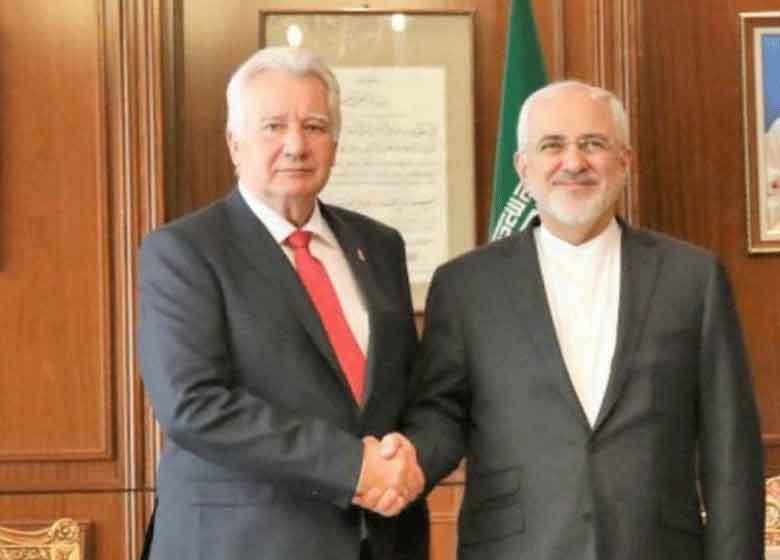 ظریف بر گسترش همکاری های بانکی با مجارستان تاکید کرد