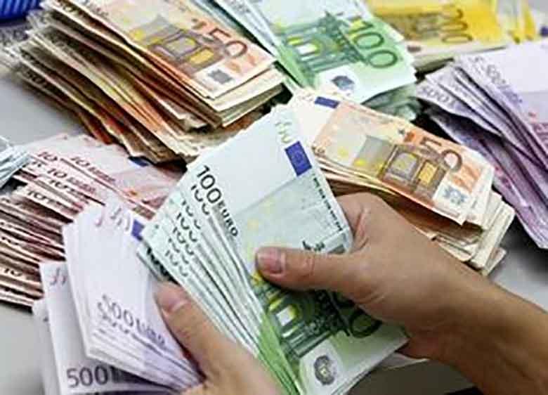 """تاثیر """"ارز تکنرخی"""" بر قیمت دلار"""